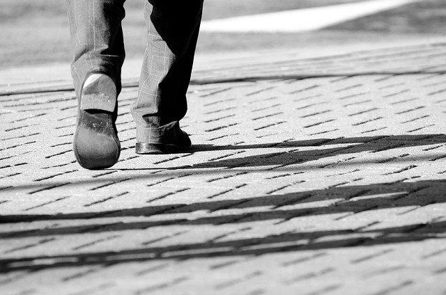 正しいウォーキング、歩き方とは